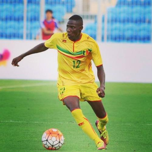 Moussa Djenepo signs at Standard de Liège
