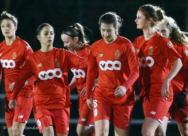 Standard Section Féminine - KSK Heist (Super League)